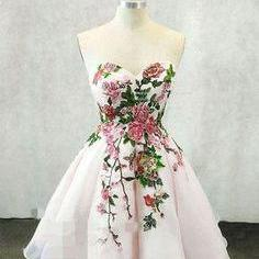 Sweetheart neck short prom dress, strapless short homecoming prom dress, white with colorful flowers prom dress, elegant party dress ,dress for prom L1004